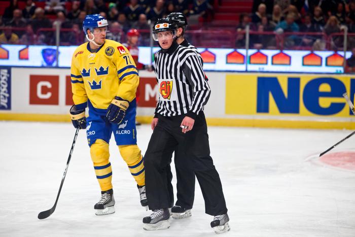 2011-02-12 Sverige - Ryssland i LG Hockey Games