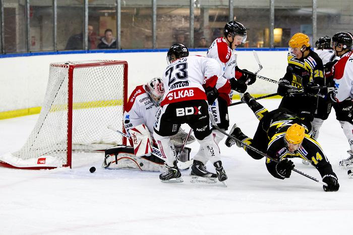 Vännäs HC - Kiruna IF play off 1. Anthony Scarpino skjuter i stolpen