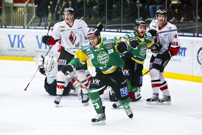 Olof Mårs jublar efter 1-0