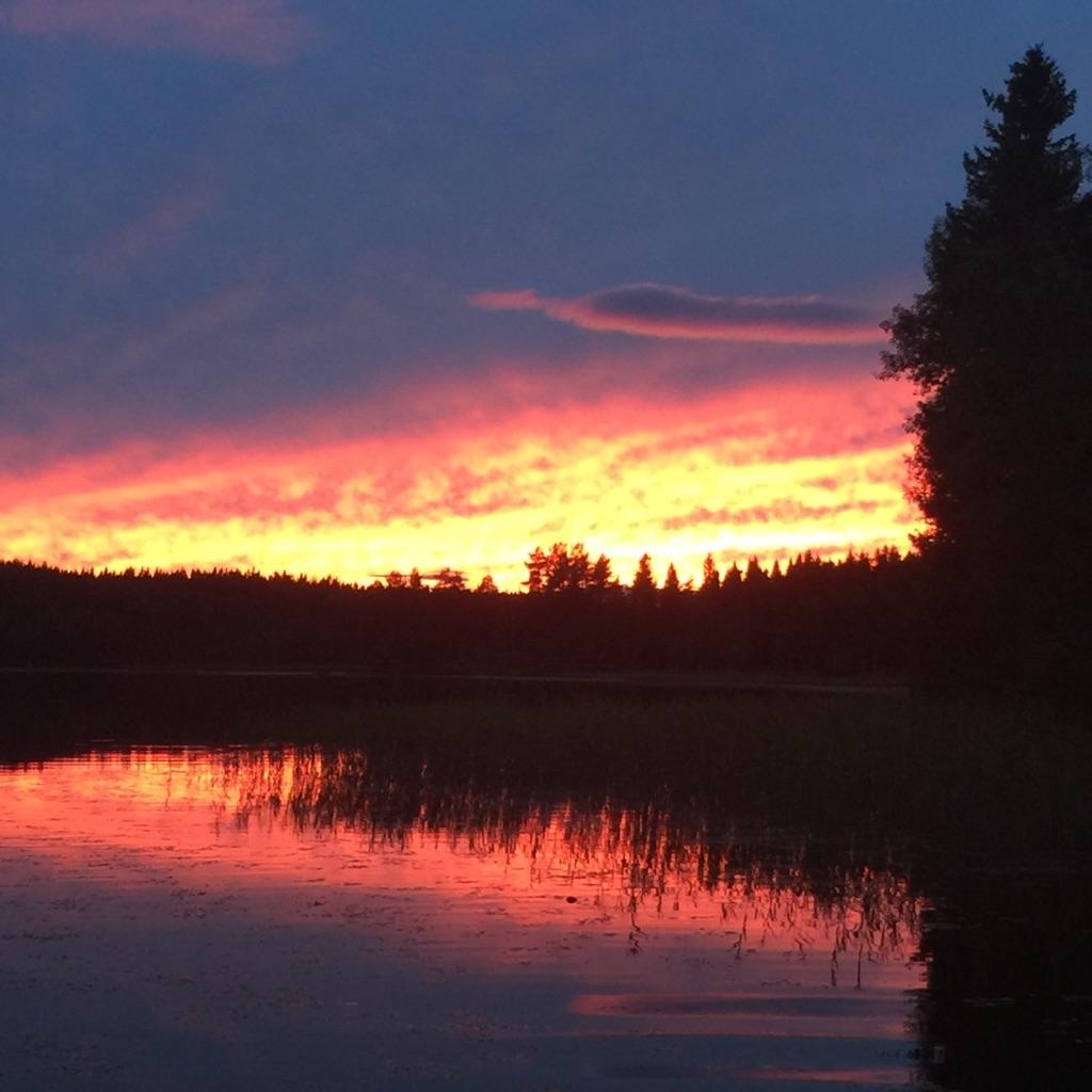 En solnedgång från bryggan är vacker