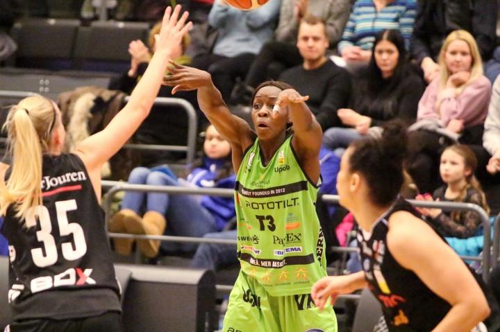 Salome Kabengano, Udominate Basket mot Luleå