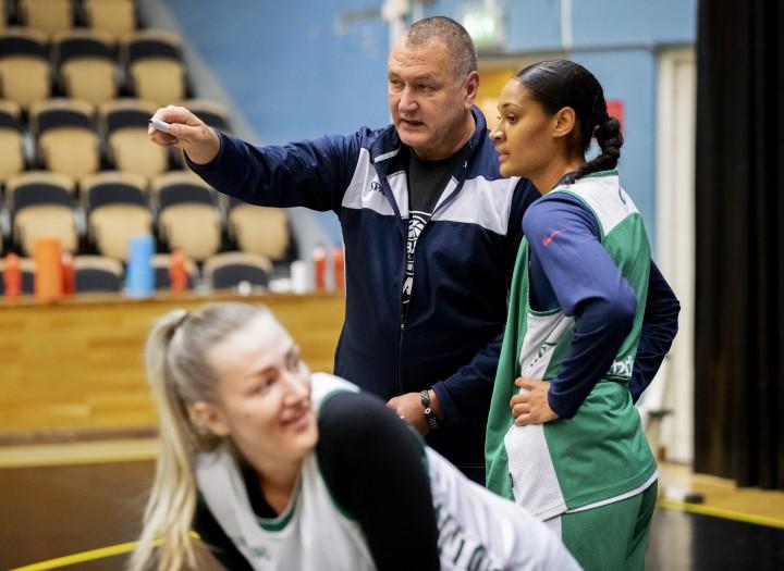 Basket: Nya stjärnan i Umeå , Nathalie FontaineID: 1004950360