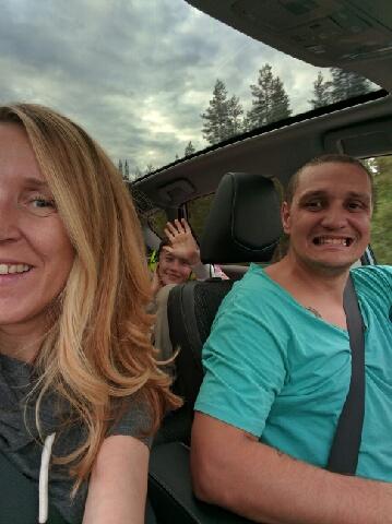 En selfie i bil kallas