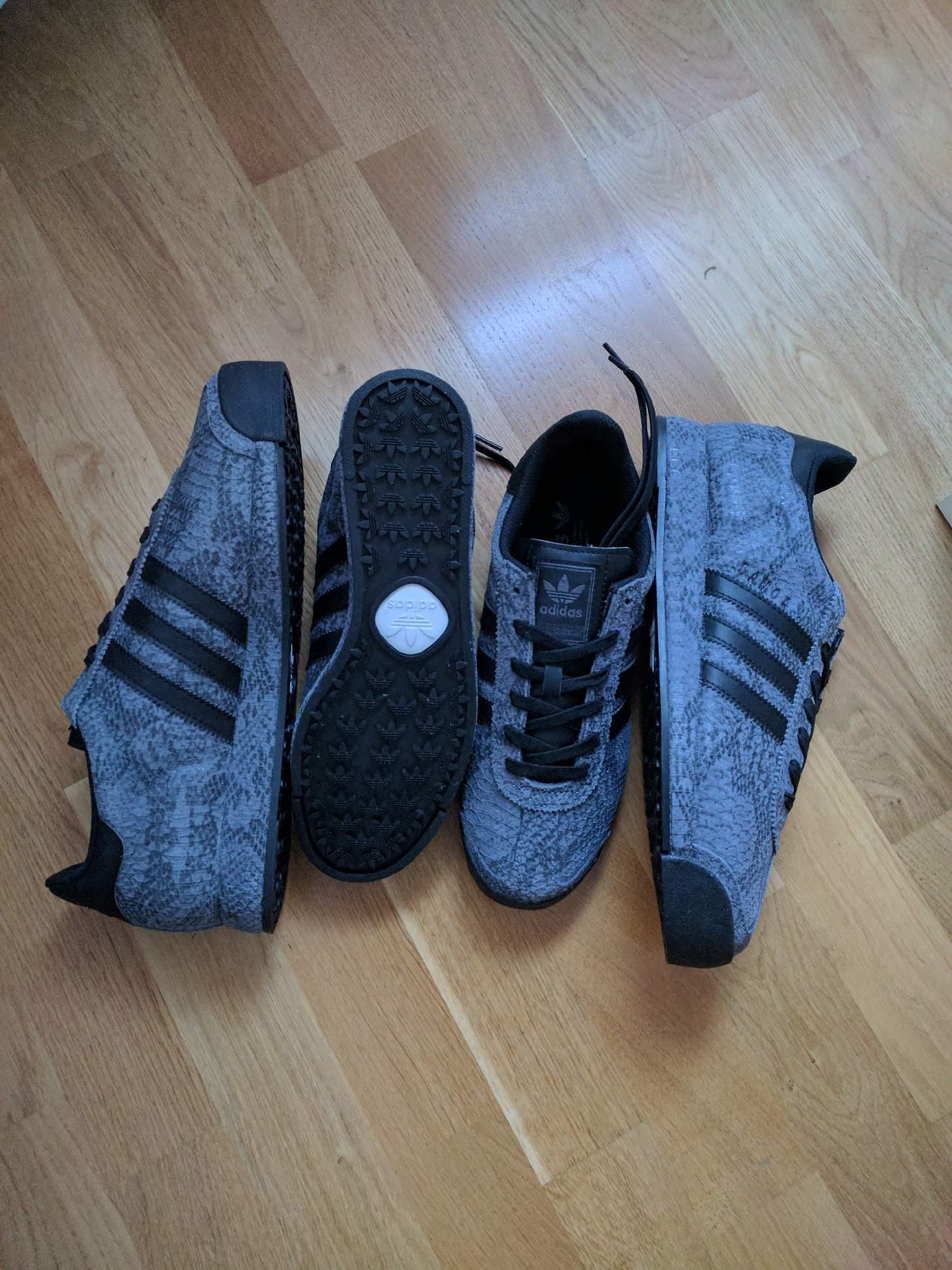 Äntligen gick det att hitta Adidas Samoa utan...