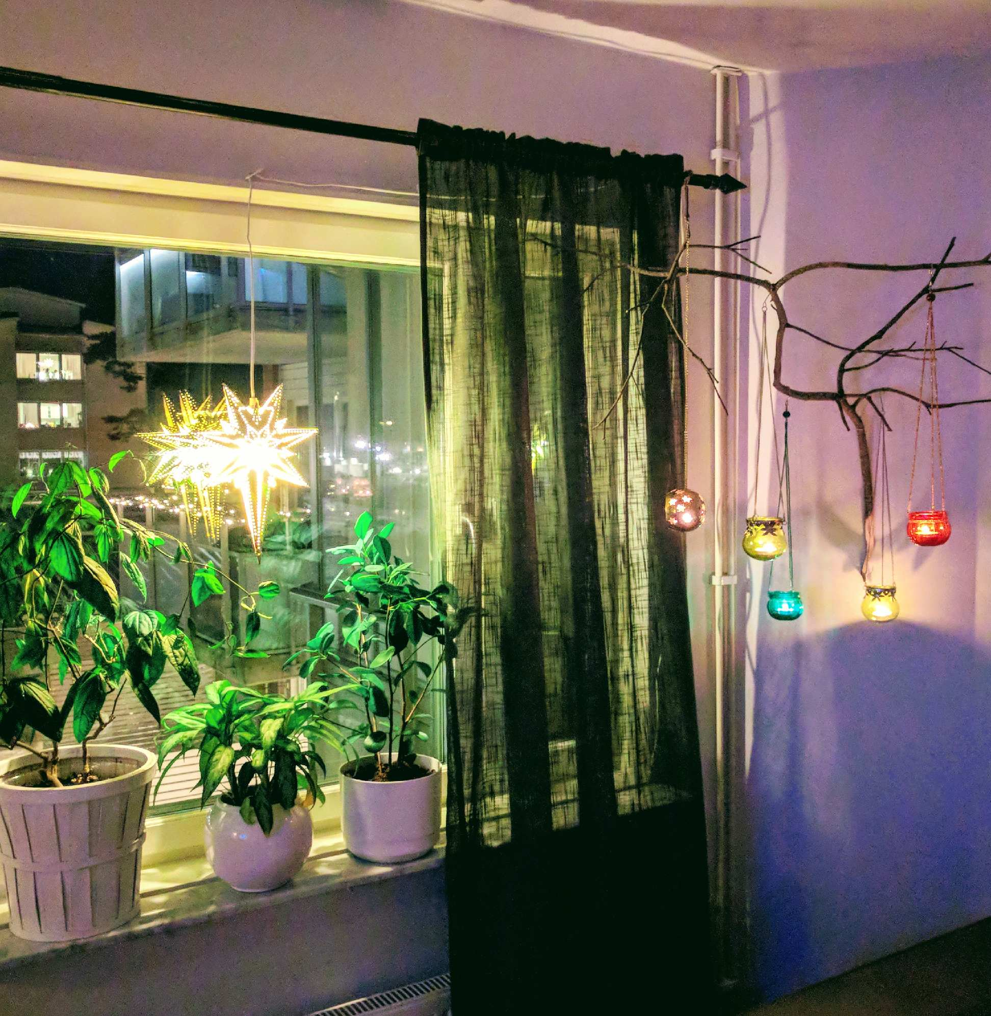 Fönster nummer två åtgärdat och julsäkrat