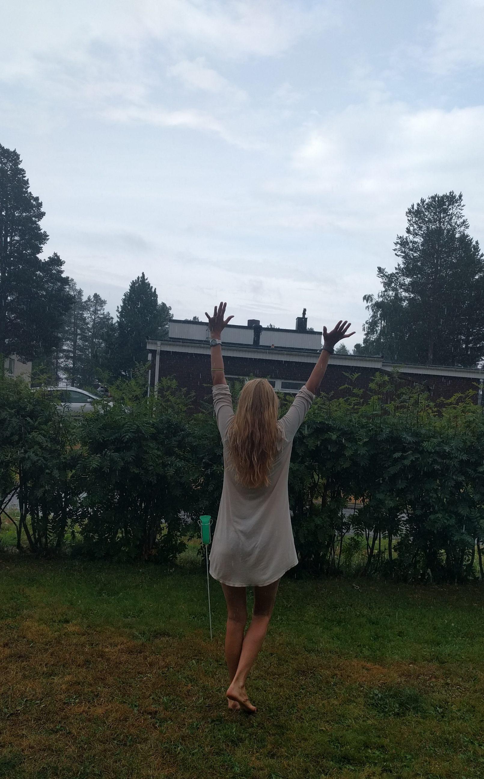 När jag vaknade till ljudet av regn så kunde...