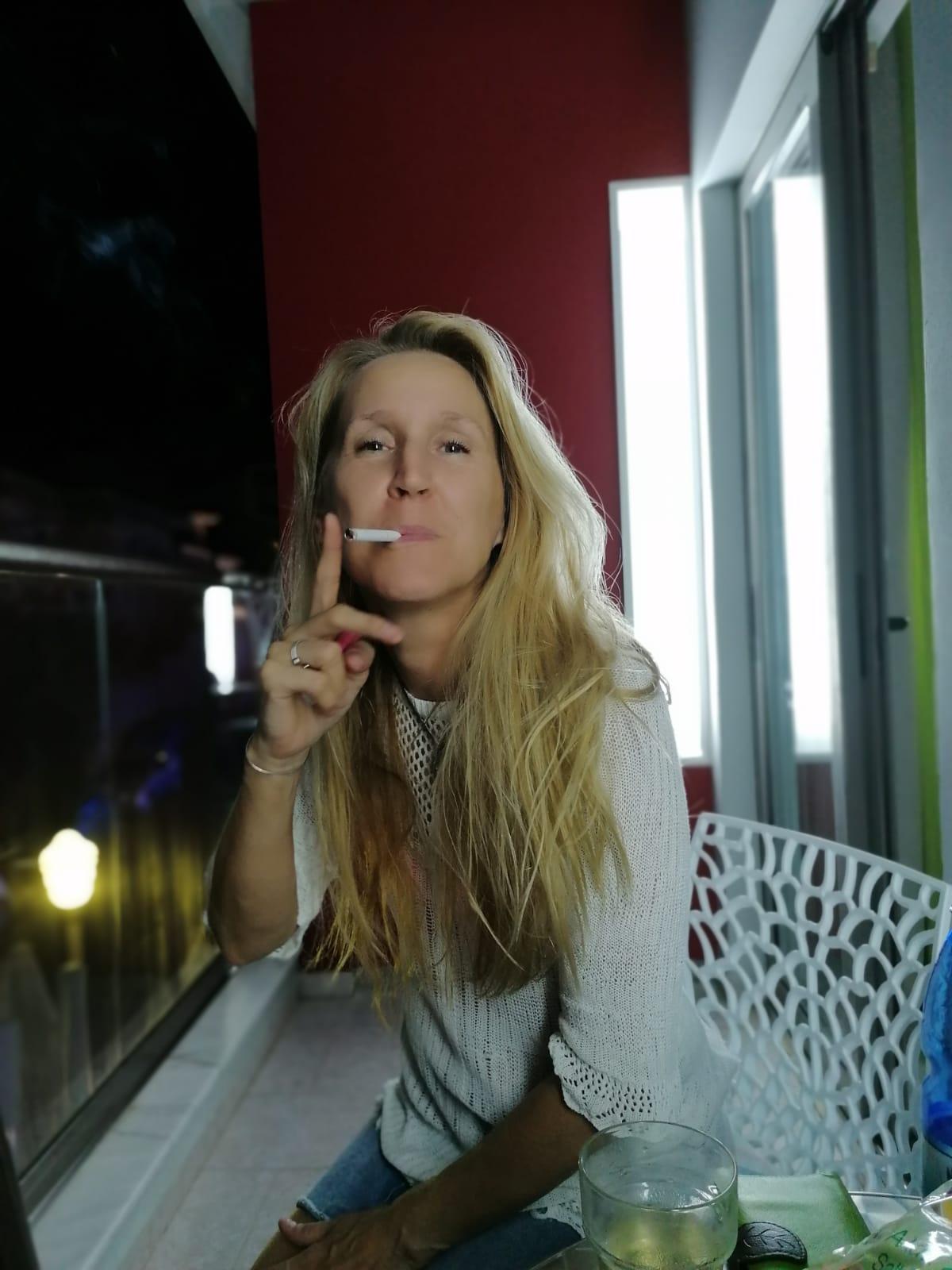 News flash:</p><p>Jag har börjat röka igen