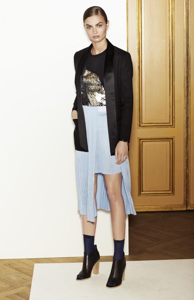 Carmen-Blazer-Elba-Skirt-Upama-Eagle-T-shirt
