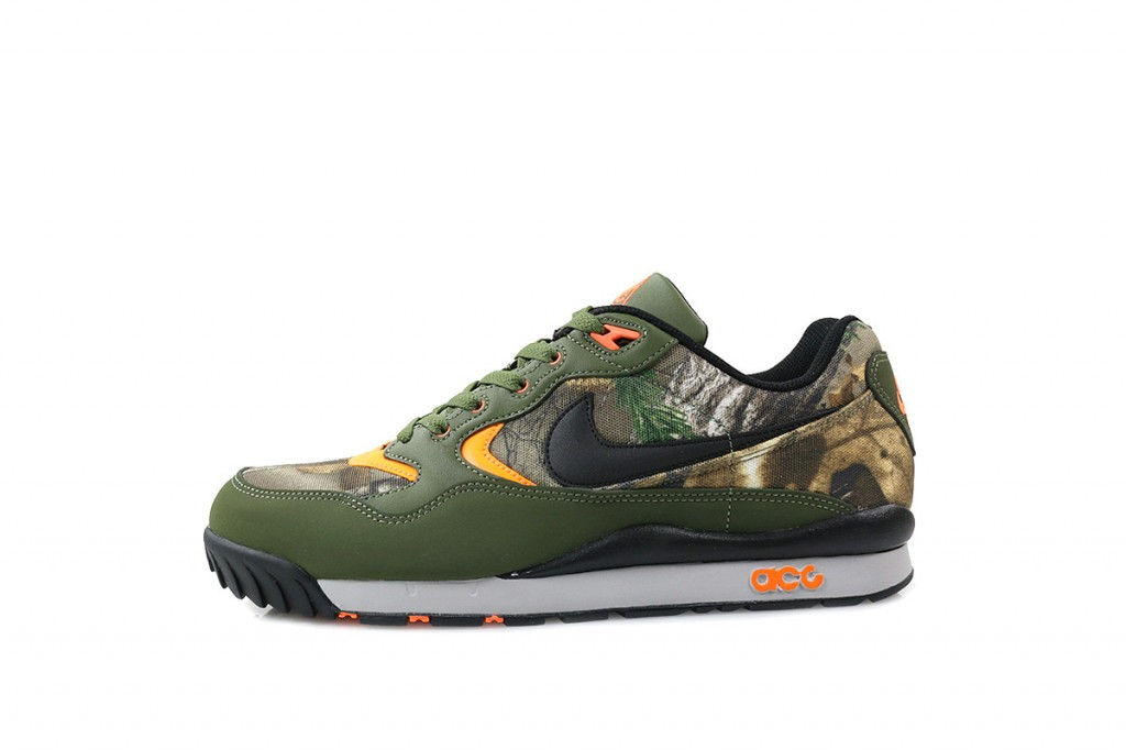 716593308~716593-308-nike-air-wildwood-prem-rt-qs-real-tree_P1