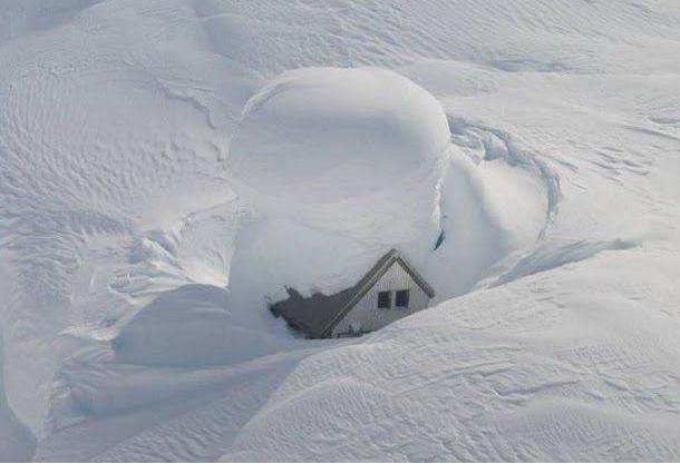 Mycket-snö-bild-2012