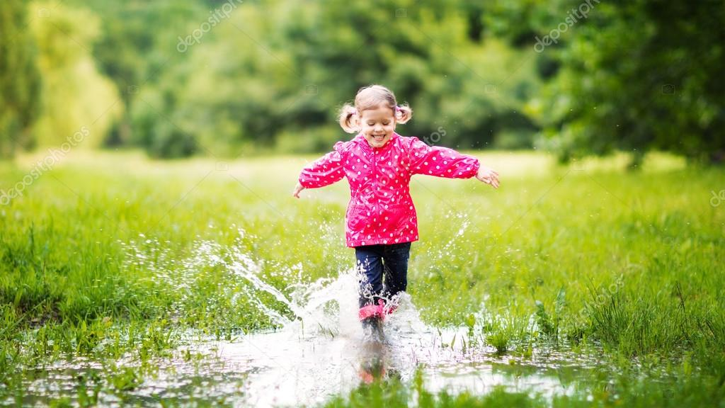 depositphotos_114144712-stock-photo-happy-child-girl-running-and