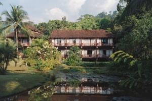 vårt hus khao lak laguna dec -04