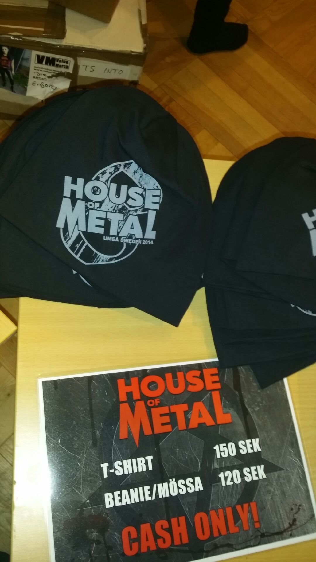 Missa inte årets outfits på metalhuset:)