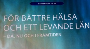 jakobina och tidning klar 1