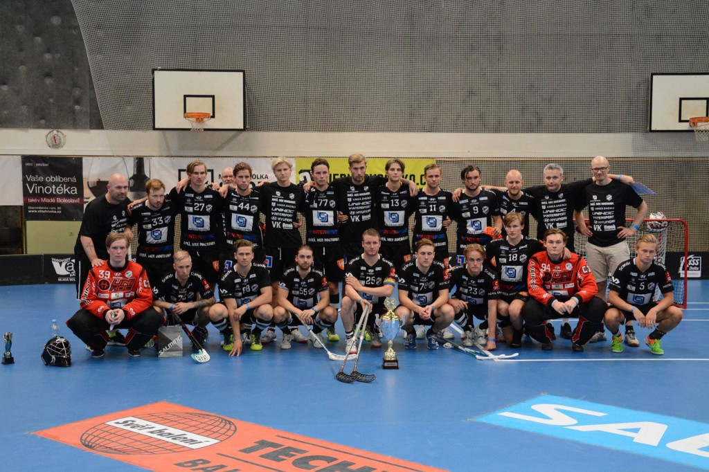 IBK Dalen med silverpokalen