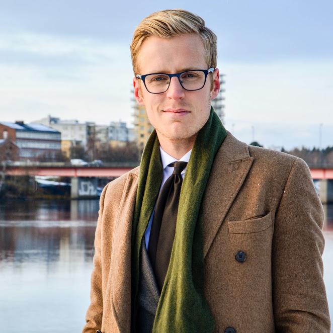 3888e450ac55 Såhär knyter du halsduken allra snyggast! | Blogg.vk.se/suitupnorrland