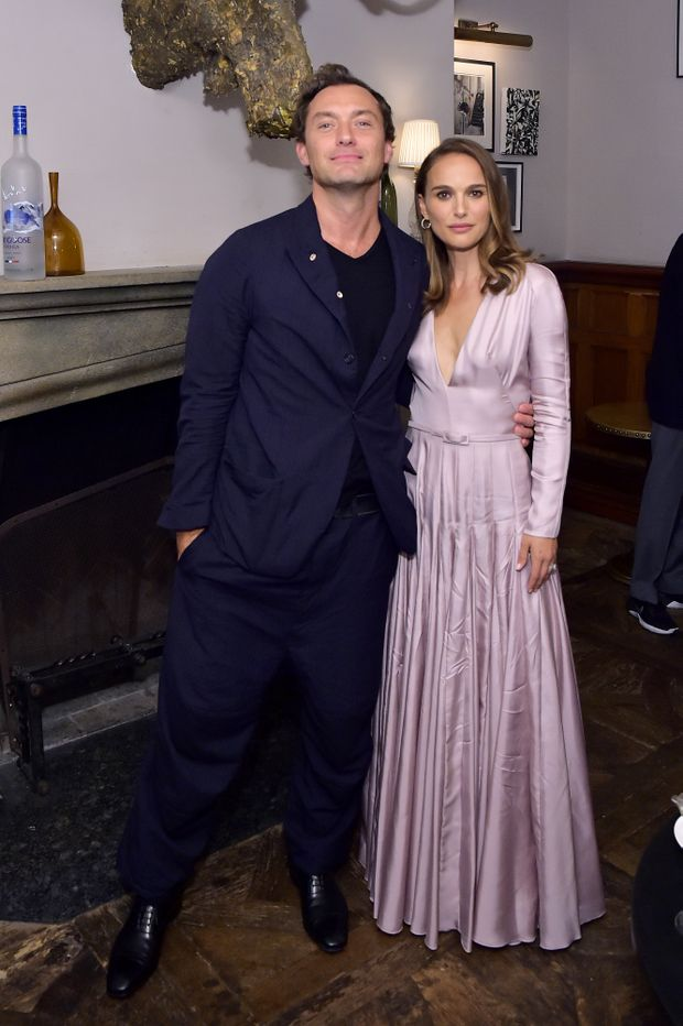 Natalie Portman en robe de soirée rose de Dior