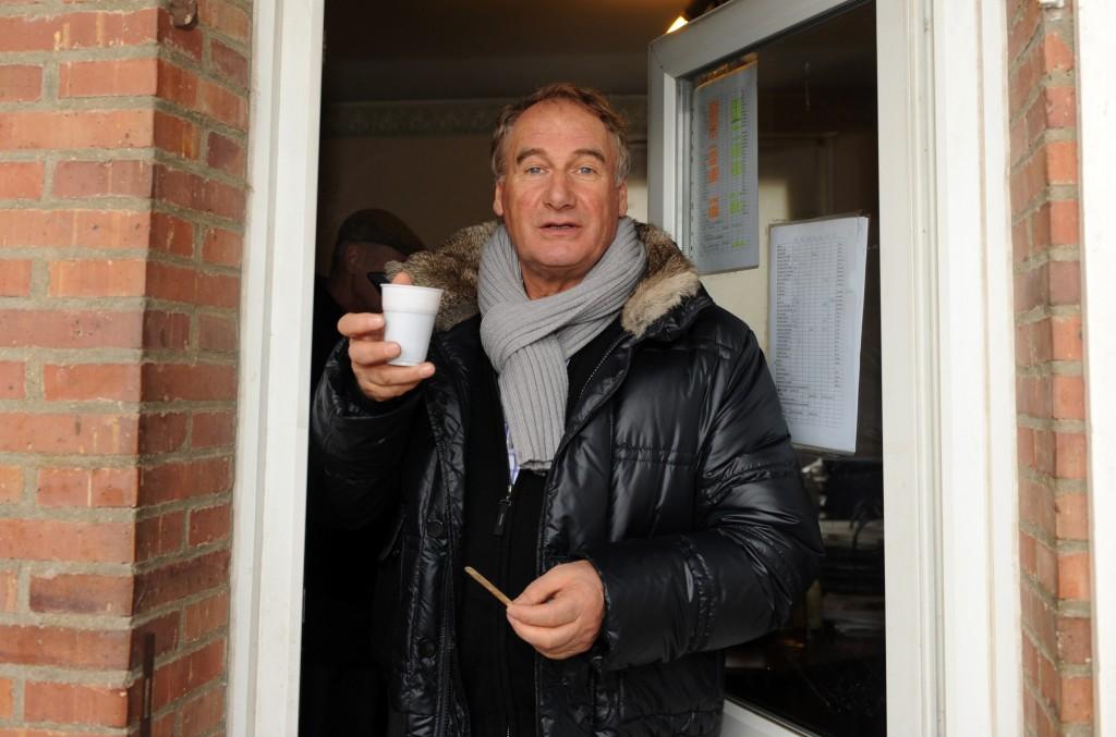 HEINZ WEWERING DRICKER KAFFE PÅ ANDERS LINDQVISTS KONTO