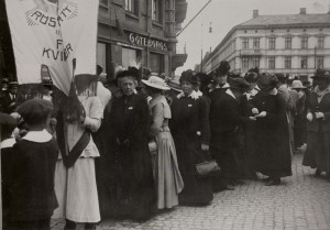 Demonstrationståg förkvinnorösträtten Göteborg