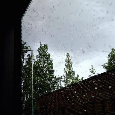 regnskyar