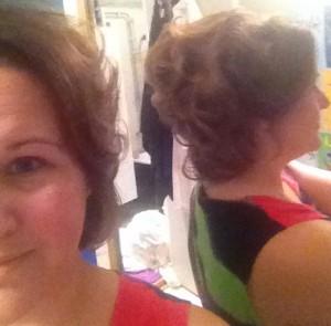 Håret fixat men osminkad...