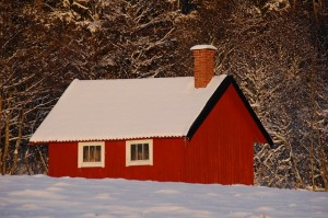red-cottage-69008_640