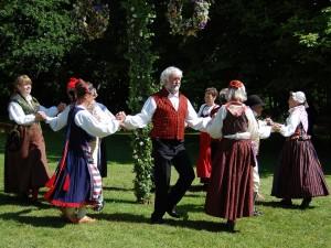 folk-dance-54530_960_720