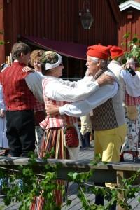 midsummer-celebration-1037824_960_720