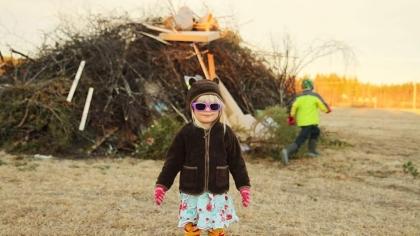 Barnen är redo i Gunnismark  Tänd då :-) :-)