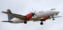 Flyget för tungt – två passagerare fick kliva av