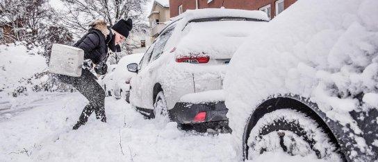 Fram med skyffeln  – nu kommer snön