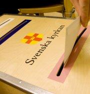 Stärk de obundna krafterna i Svenska kyrkan – avveckla partipolitiken