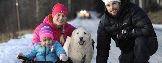 Rusning till hunden Arthur i Umeå