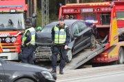 Tre bilar i olycka