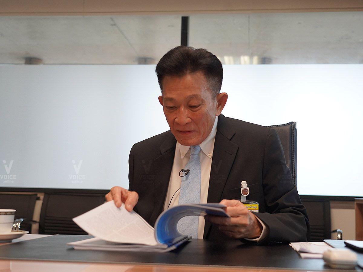 ประชุมสภา สมพงษ์ หัวหน้าพรรคเพื่อไทย ผู้นำฝ่ายค้านในสภาผู้แทนราษฎร