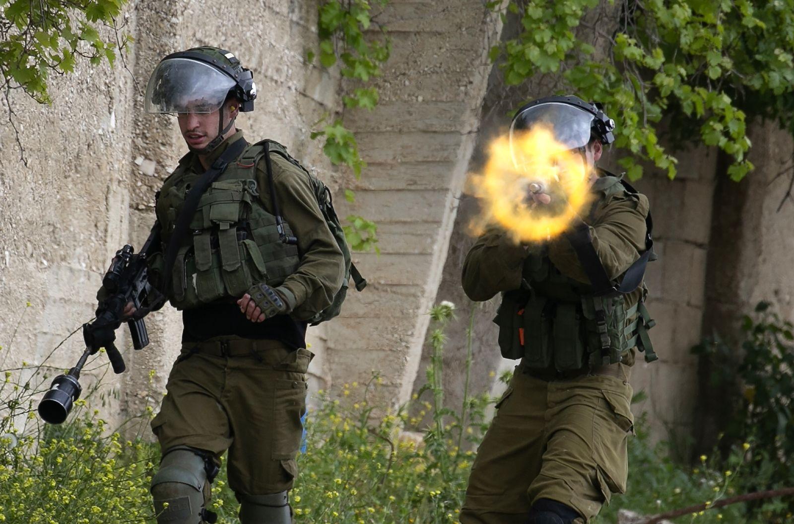 AFP-ทหารอิสราเอลยิงปืนใส่ผู้ชุมนุมปาเลสไตน์ช่วงล็อกดาวน์โควิด เขตเวสต์แบงก์.jpg