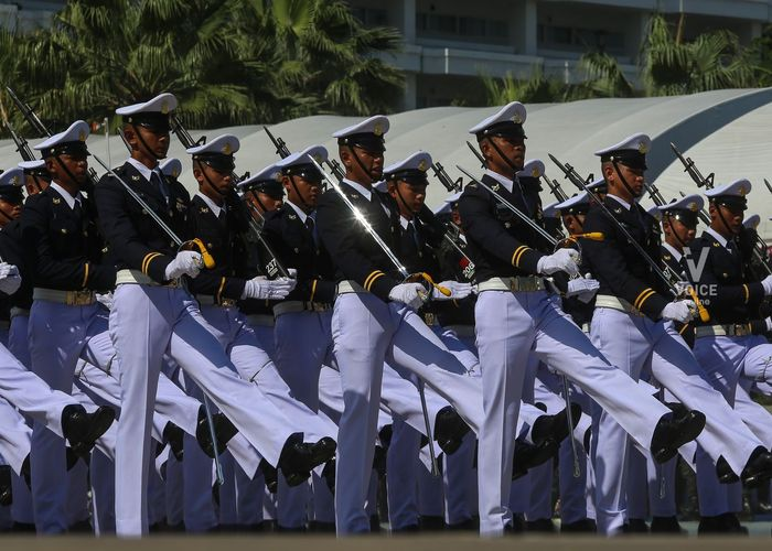 ตำรวจบุกกวดวิชาเตรียมทหารกลางดึก จับครูติวเตอร์พัวพันทำร้ายนักเรียนดับ