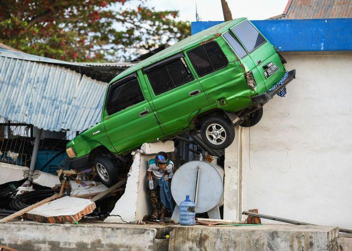 สื่อนอกเผย 'ระบบเตือนภัยสึนามิ' อินโดนีเซีย 'ทำไม่เสร็จ' เพราะงบขาด