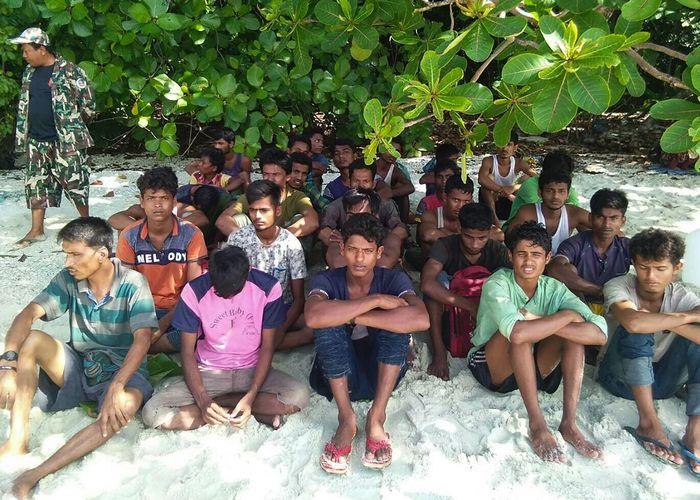 ตร.พบหลักฐานบ่งชี้ 'ไต้ก๋ง-ลูกเรือ' ชาวไทย-เมียนมา พัวพันค้ามนุษย์ 'โรฮิงญา'