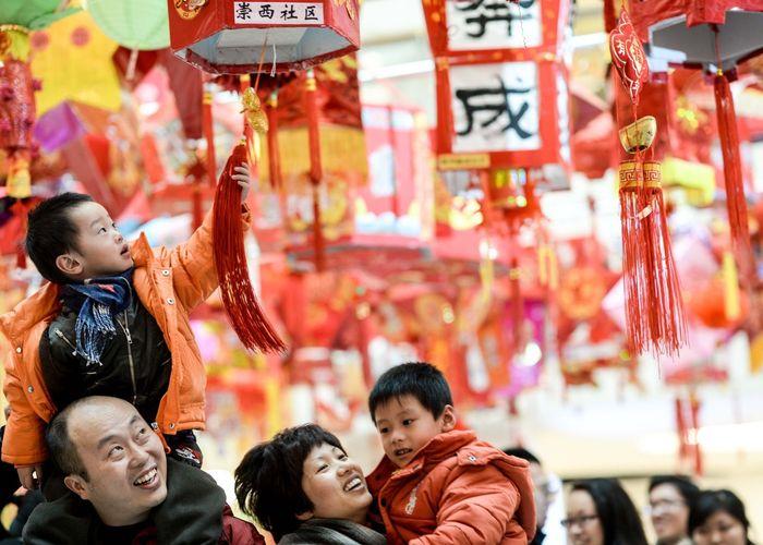 """ชาวจีนมีชื่อคำว่า """"ประเทศ"""" กว่า 20 ล้านคน"""