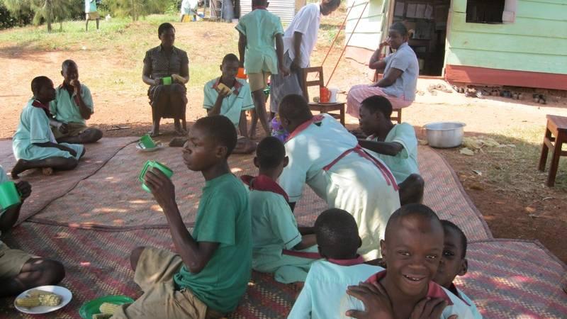 Children having breakfast at the centre