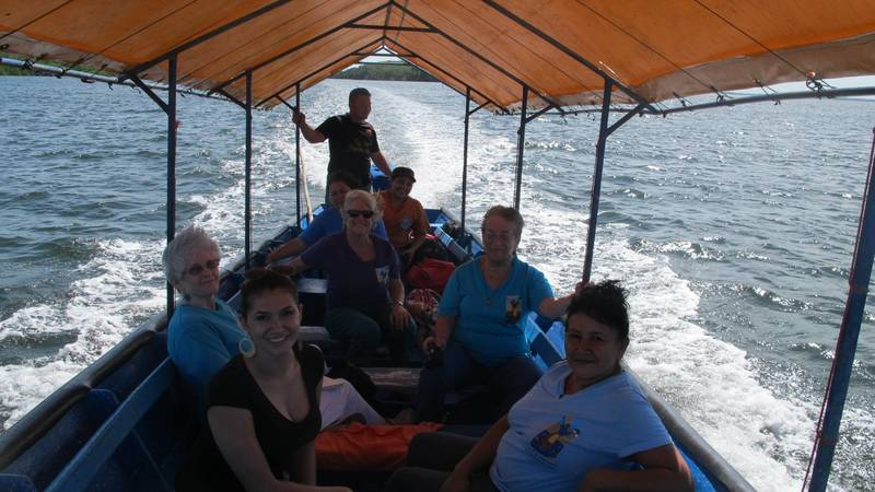 Boat to meet with Island students