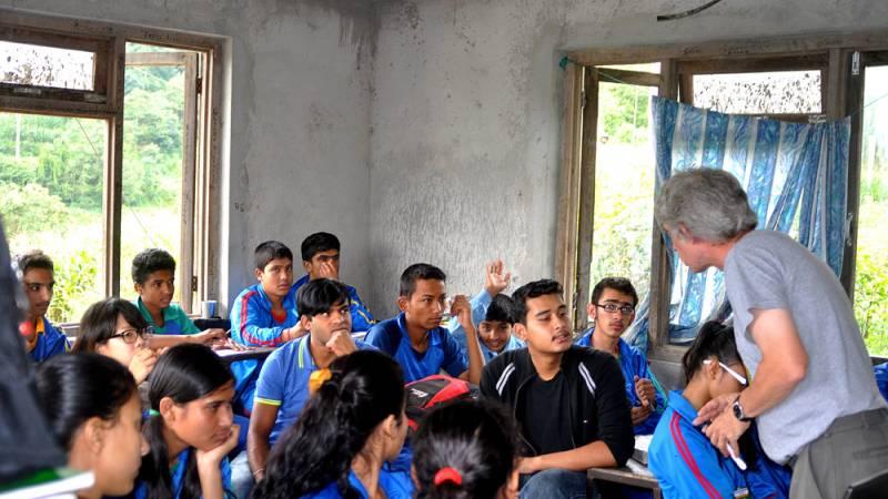 English Teaching in a Community School