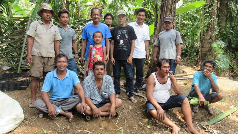 Rudianto Sembiring with peoples rumah kinangkung