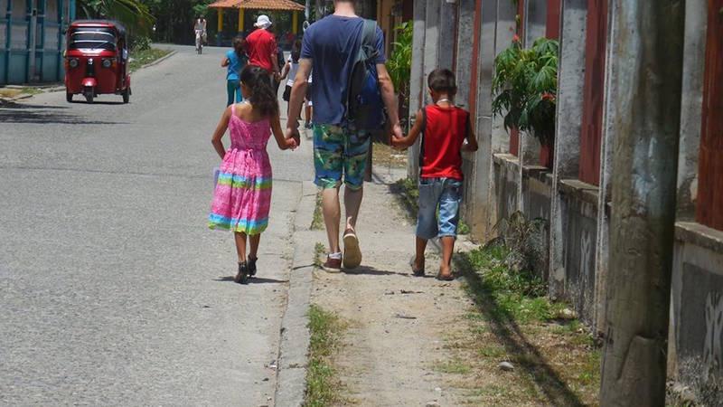 Walking around El Porvenir