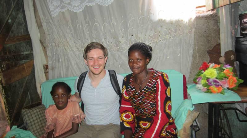 Volunteers visiting the home.
