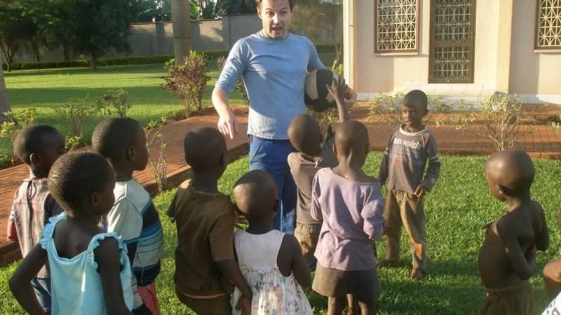 David talking to the kids at games time!