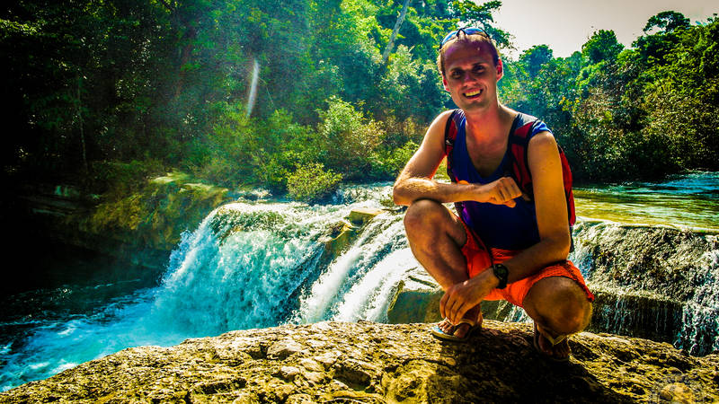 Dive into Rio Blanco waterfalls