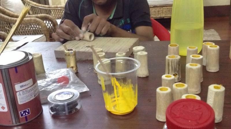 making bamboo handicraft