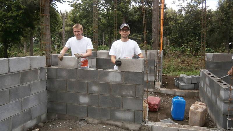 Building Project Assistant